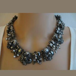 SALE!!!   Oscar de la renta necklace suite